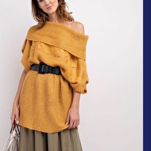 NWT- Easel Cowl Neck Tunic Sweater